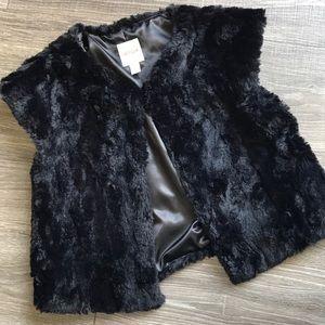 Cat & Jack Girl's Faux Fur Black Vest Size 14/16